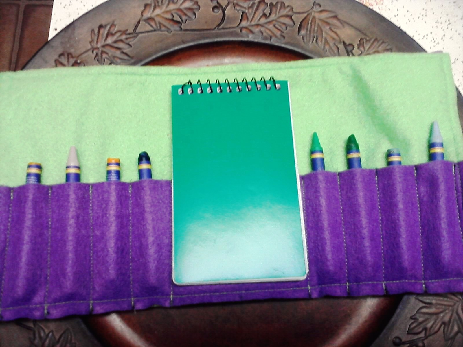 crayon roll with notepad tutorial