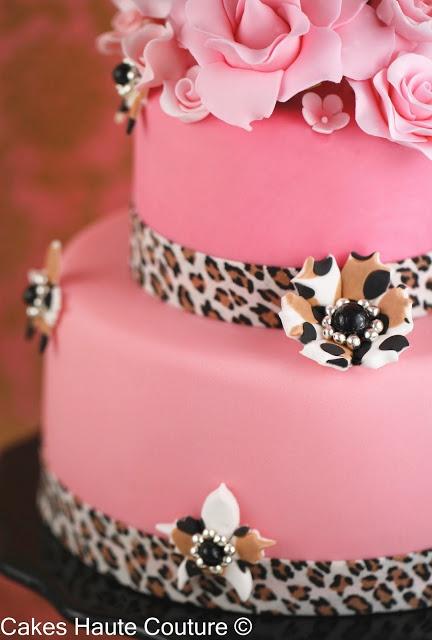 leopard print inside cake tutorial