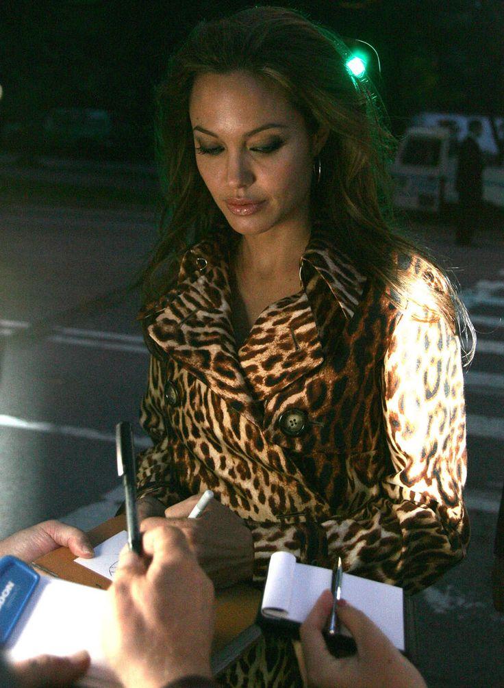 angelina jolie makeup tutorial michelle phan