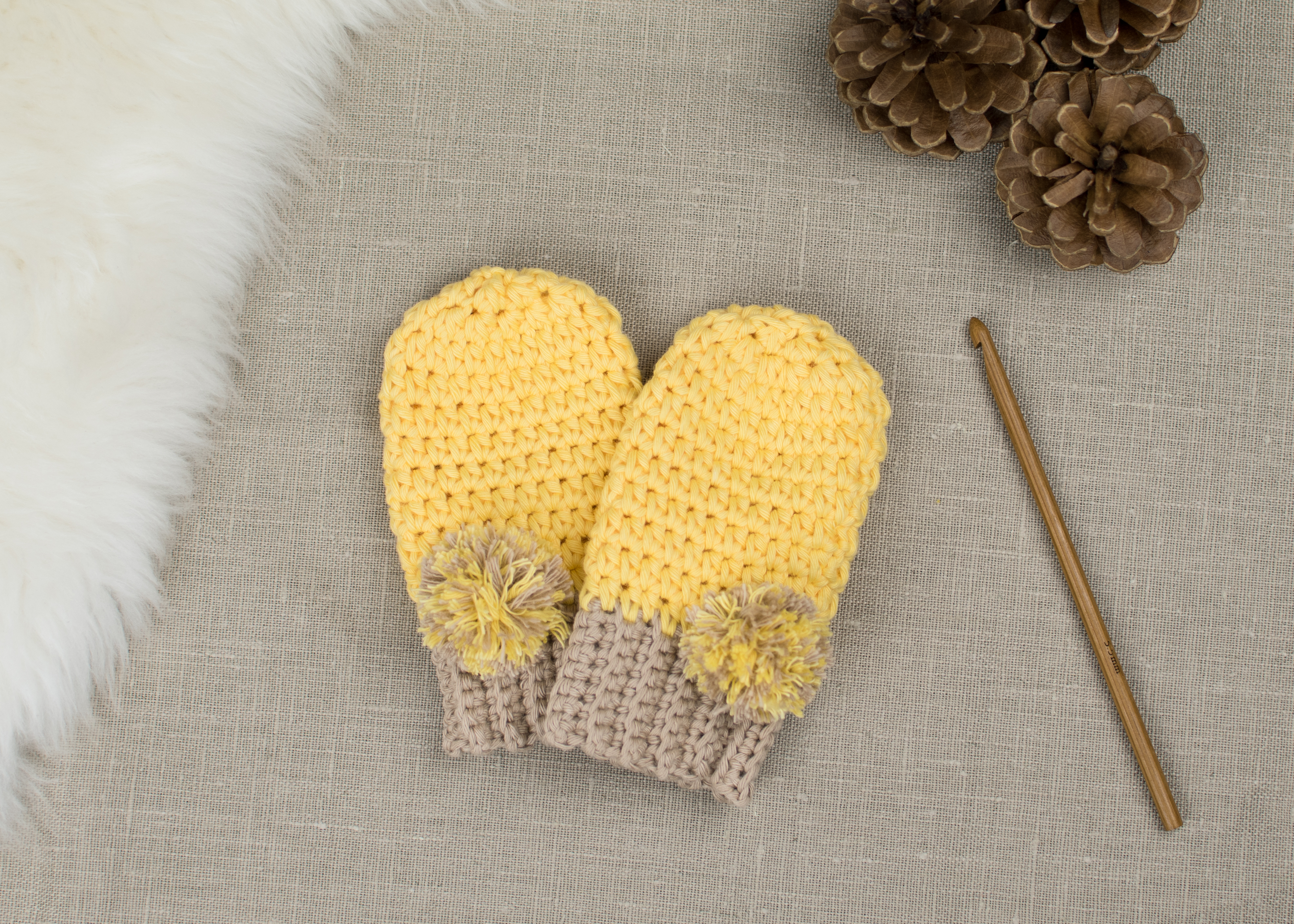 crochet baby mittens tutorial