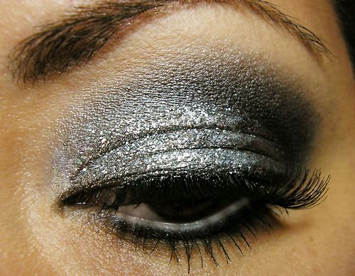 silver smokey eye makeup tutorial