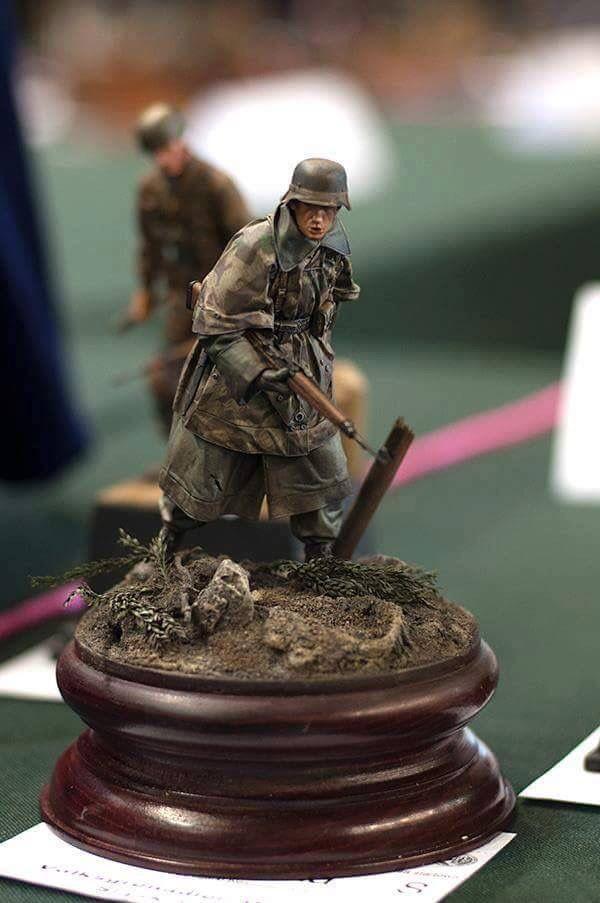 action figure diorama tutorial