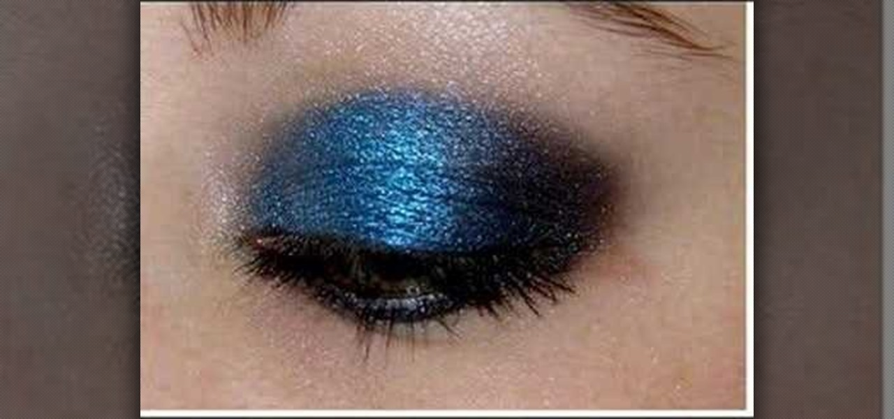 dark blue eyeshadow tutorial