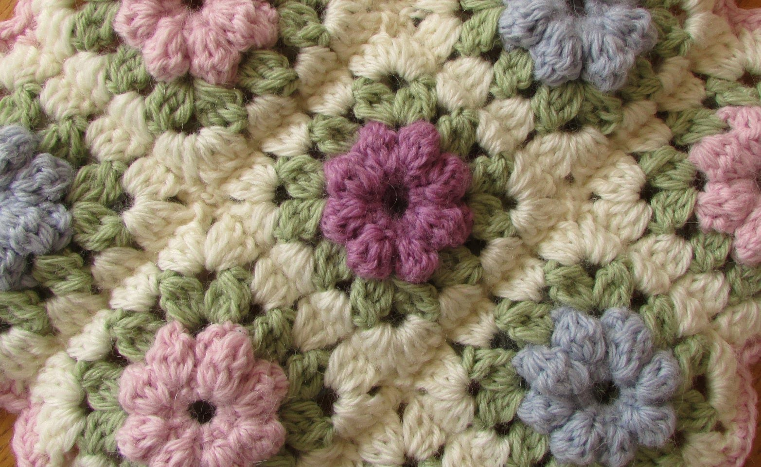 granny square blanket tutorial html
