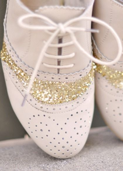 diy glitter shoes tutorial