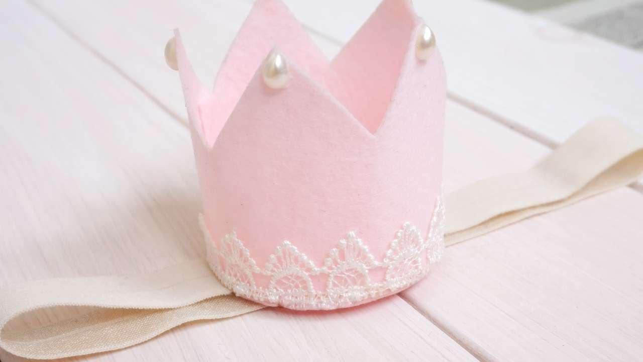 felt birthday crown tutorial
