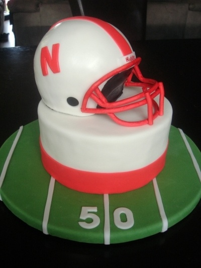 football helmet cake tutorial
