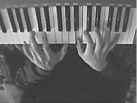 creepy piano music tutorial