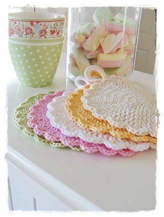 crochet a cute dishcloth quick and easy tutorial