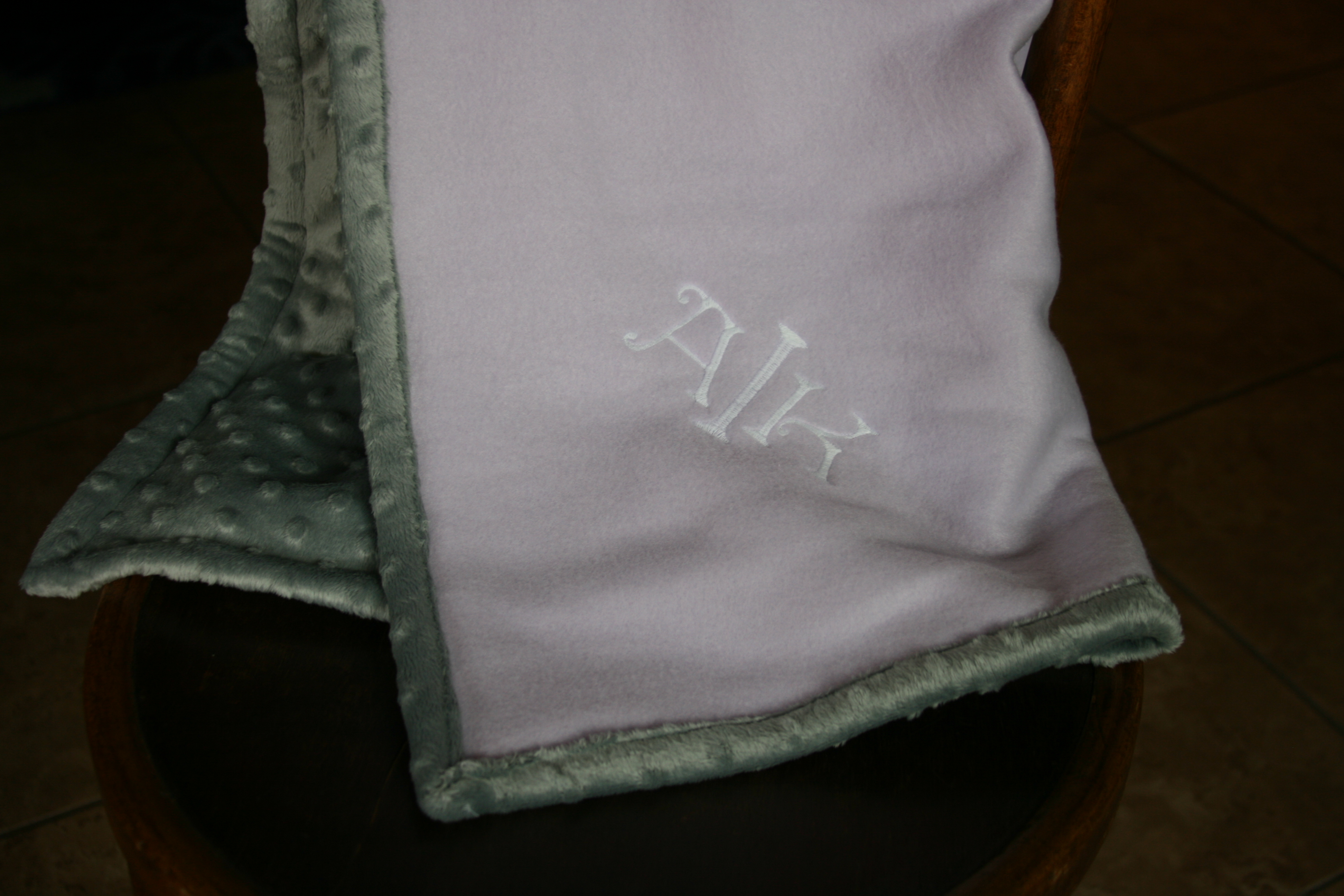 fleece baby blanket tutorial