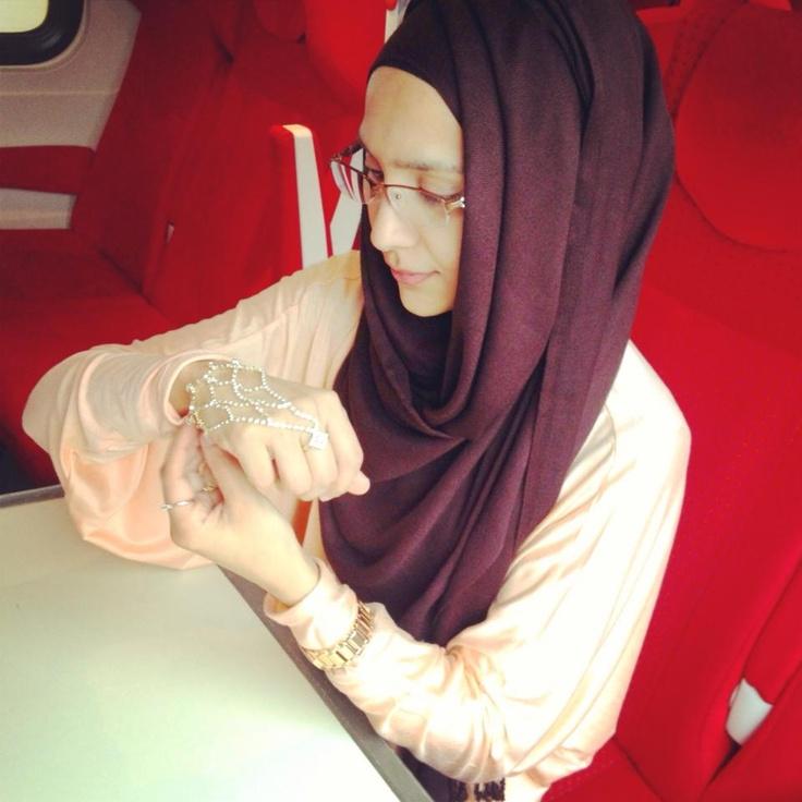 hijab tutorial by amenakin