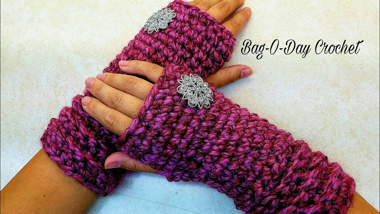 how to crochet fingerless gloves tutorial