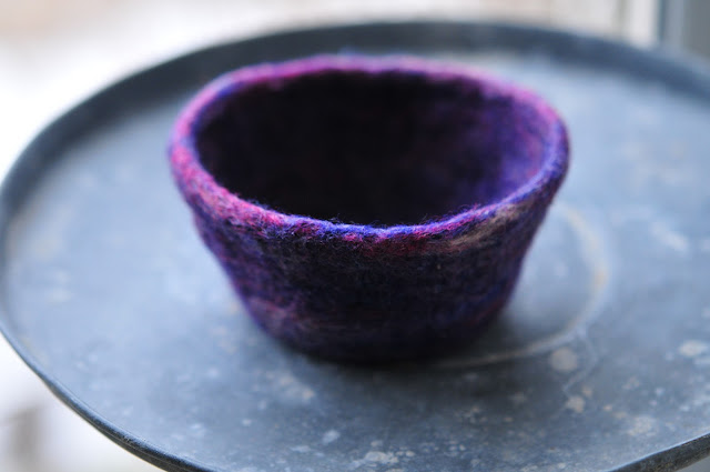 knitted felted bowl tutorial