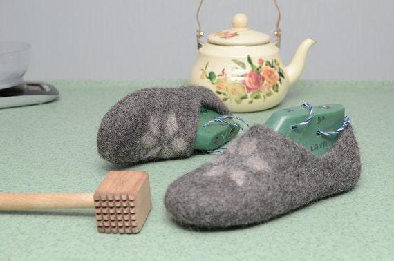 wet felt slippers tutorial