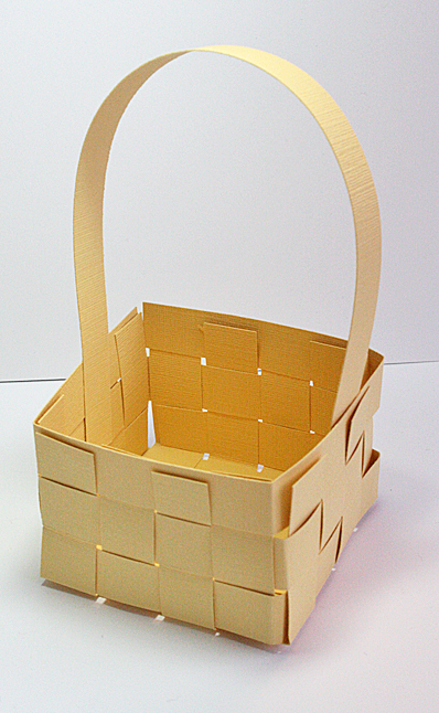 woven paper basket tutorial